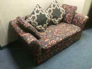 Couch and Pillows.......FREE!