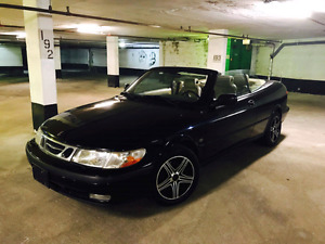 "2002 Saab 93  Convertible  in mint condition with 18"" rims **"