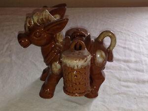 Donkey and Bull Salt & Pepper Shakers with Holder Stratford Kitchener Area image 1