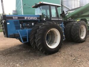 1990 Ford Versatile 946 4WD Tractor