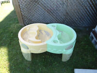 Water and Sand Table - good condition