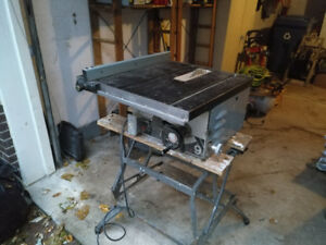"""Delta 9"""" Table Saw"""