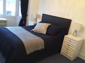 Master bedroom In southgate available now