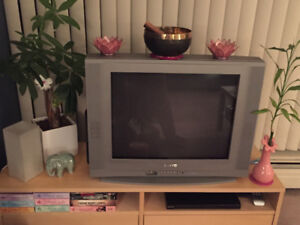 Sanyo TV - 24-inches