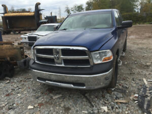 2010 dodge 1500 hemi parting out