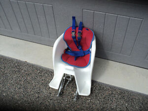 TODDLER REAR SEAT CARRIER ~PAD INCLUDED