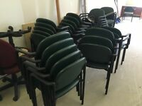 Chaises sale d'attente/Waiting room chairs