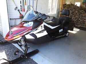 Motoneige Arctic cat TZ1 TURBO 2011