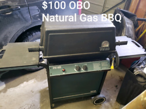 Natural gas BBQ for sale: need gone ASAP