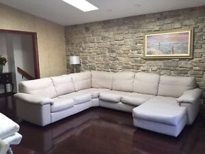 Sofa Chateau d'Ax Made in Italy