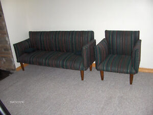 Child's chesterfield & chair set