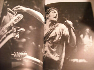 Springsteen - Soft Cover Book by Robert Hilburn & Howard Klein Peterborough Peterborough Area image 4