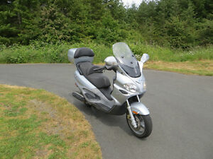 2006 Piaggio Evlution X/9 Scooter 500cc - Low kms - Must Sell