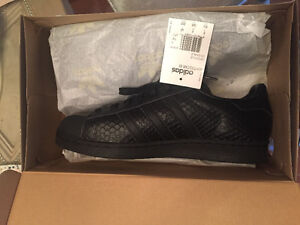 BRAND NEW IN BOX ADIDAS SUPERSTAR ORIGINALS