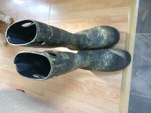 Size 10 and 11 camo boots