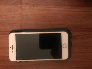 Selling iPhone 6. Mint condition