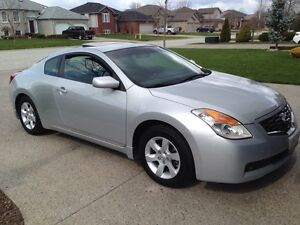 2009 NISSAN ALTIMA- LOWEST PRICE COUPE IN PROVINCE!!!