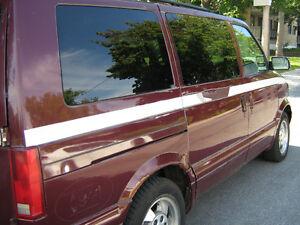 2003 Chevrolet Astro t-équiper Camionnette