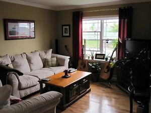 3br plus rec room available May 1