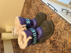 Girls size 9 sorel winter boots