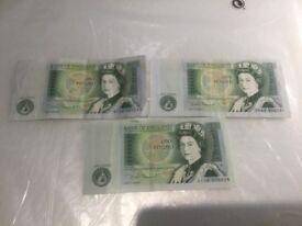 Old U.K. British Crisp One Pound Banknotes