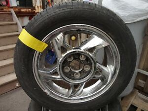 4 ALL SEASON TIRE WITH RIMS 225/50/R16 DUNLOP 85%
