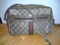 Gucci authentic vintage womens purse hangbag -