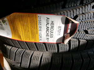 4 BRAND NEW P215/65R16 winter tires