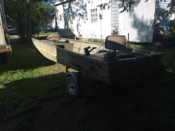 Used 2006 Tracker grizzly
