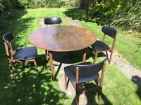 Dining table & 4 chairs. Good condition - priced for quick sale