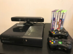 XBOX 360 + KINECT + 2 Wifi Controllers + Games