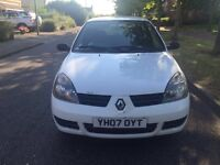Renault Clio 2007 1.5 DCI Diesel super economical drives very well