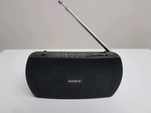 Sony SRF -18 , Travel reciever AmFm with built in amplifier.