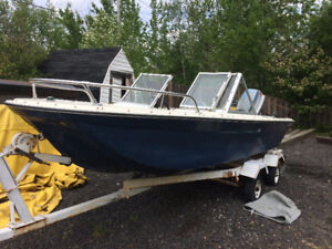 16 FOOT boat with 40 HP evinrude motor