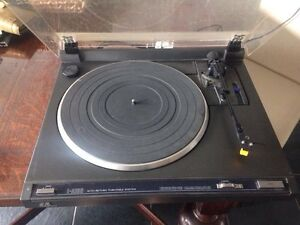 JVC L-A100 Auto-Return Turntable needs repairs Stirling Stirling Area Preview