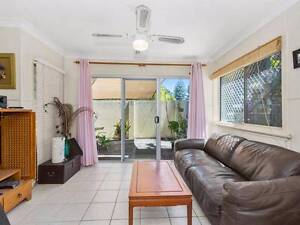 Rainbow Bay - 2 bedroom unit Coolangatta Gold Coast South Preview