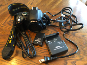 NIKON D40X - with charger, battery