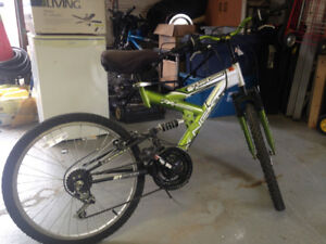 Youth boys 18 in mountain bike for sale