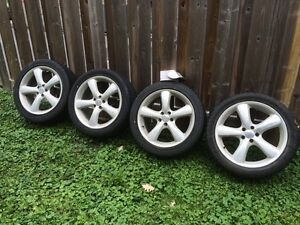 Volkswagen Golf - Low profile tires with oversized 5 bolt rims