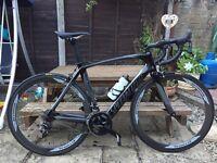 Specialized Venge Elite full carbon road bike 54cm with Reynolds carbon wheelset