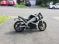 Buell XB9S - avec rare Race Pipe, vrai son Harley!