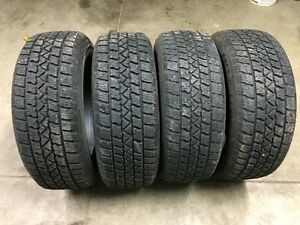 215 60 17 ARTIC CLAW WINTER TIRES