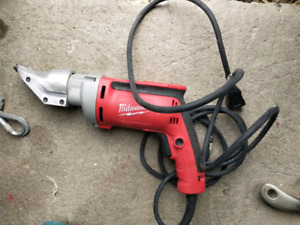 Milwaukee Heavy Duty Shear 18 Gauge