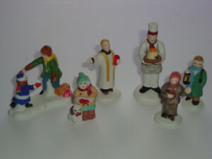 Lot 8 - Selection of Accessory Pieces for Christmas Village