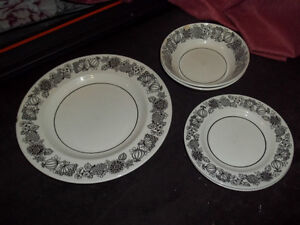 Dinnerware items ~ $5 for ALL ~ NEED GONE