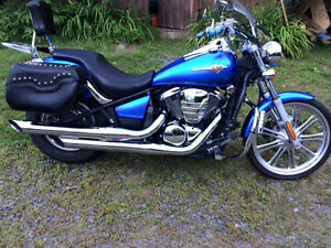 Kawasaki vulkan 33411 km ,2010 en super condition