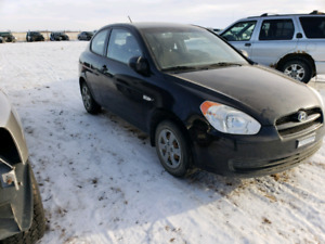 Parting out / WRECKING: 2008 Hyundai Accent * Parts *