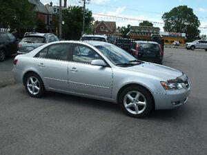 2008 Hyundai Sonata GL Premium: Leather,Sun Roof, 4 Cylinder
