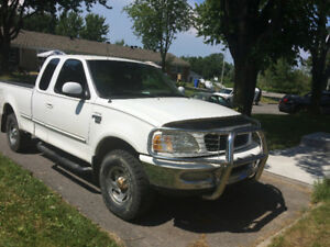 1998 Ford F-150 4x4 2200$ nego