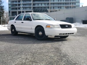 Ford crown victoria P71 police interceptor 2009